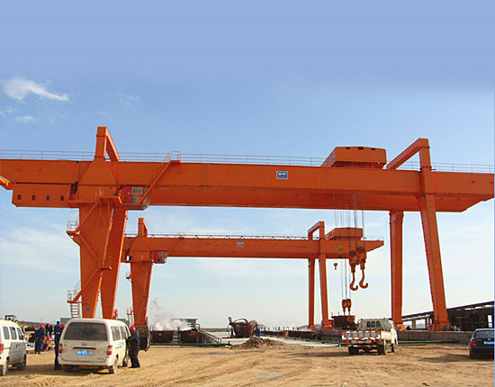 Outdoor gantry cranes from Ellsen