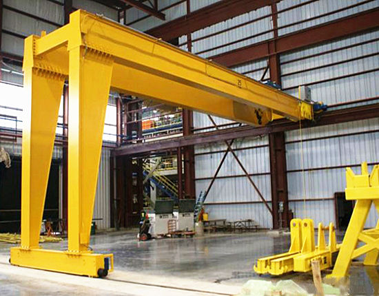 Semi gantry crane used indoors