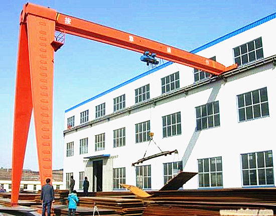 Outdoor semi gantry crane for sale