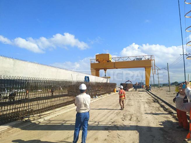 gantry crane installed