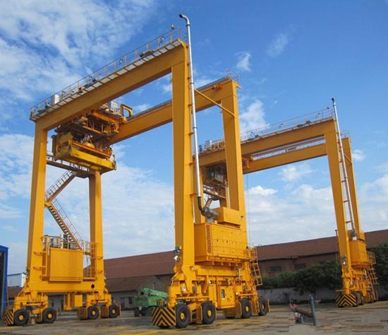 Rubber tyred gantry crane for sale