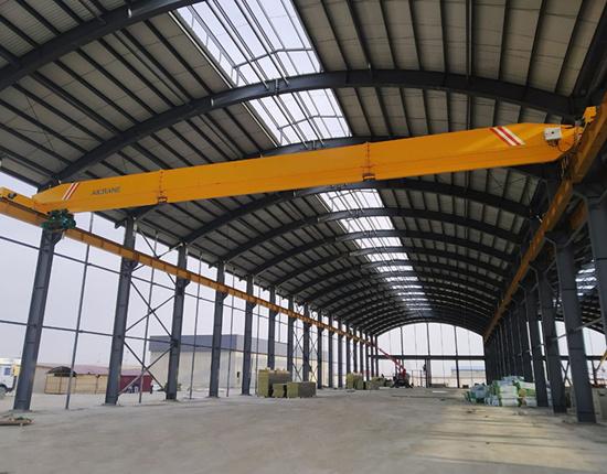 Top running overhead crane for sale