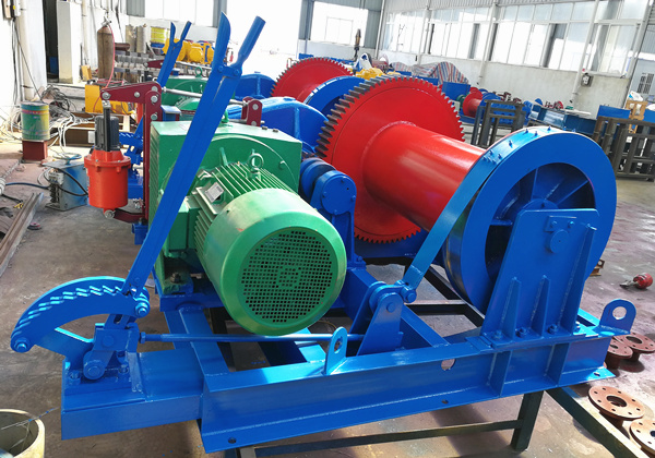 pile winch with single drum